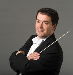 Jacques Lacombe, conductor.