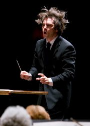 Daniel Meyer, conductor
